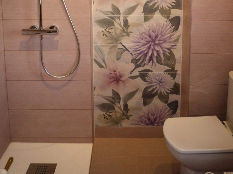 Plato de ducha y azulejos